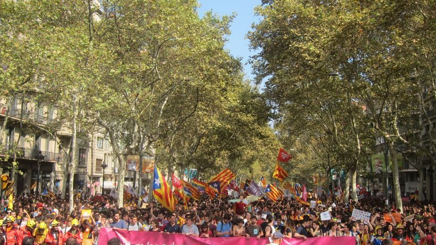 El mundo educativo se vuelca en la defensa del referéndum