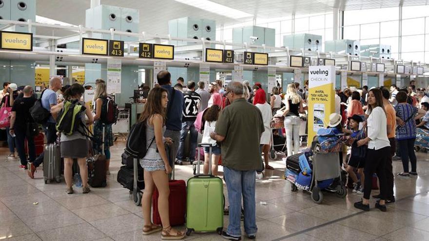 El Prat cierra octubre con casi 4,2 millones de pasajeros, un 3,9 % más