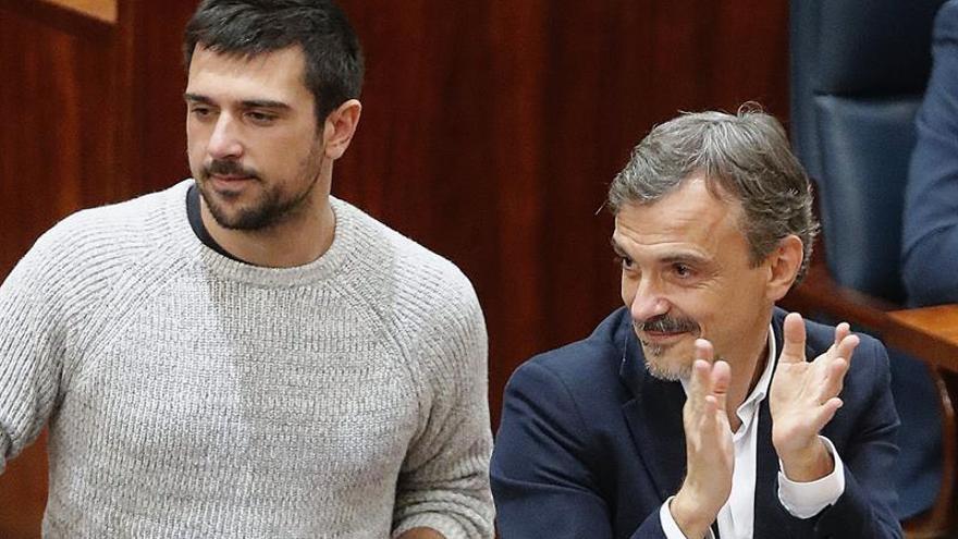 Espinar no asiste a la reunión de grupo que decidirá sobre el cese de López