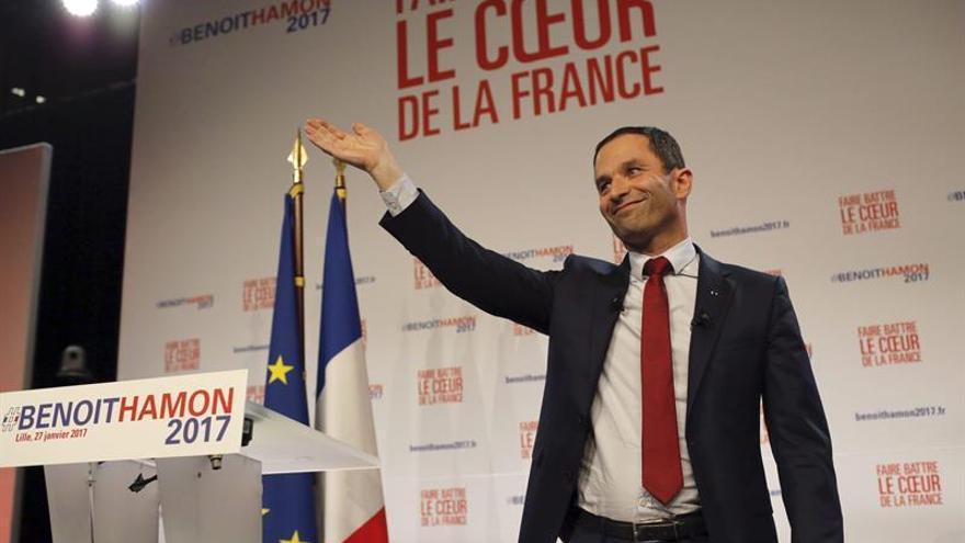 Hamon y Valls se disputan las primarias socialistas con riesgo de escisiones