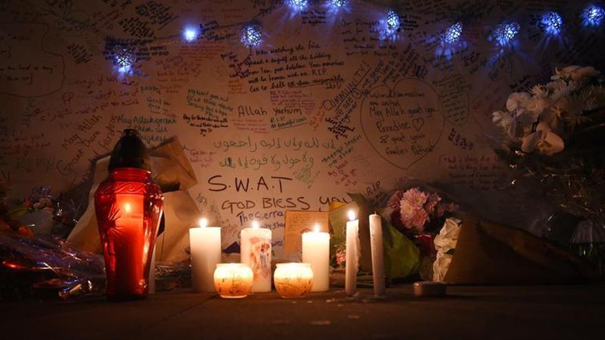 La Policía británica admite la imposibilidad de identificar a las víctimas del incendio de Londres