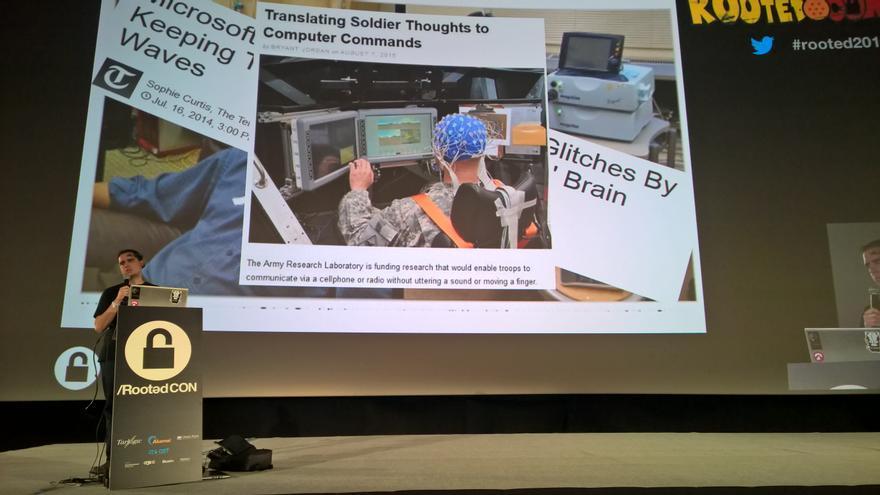Alfonso Muñoz explica las aplicaciones de la tecnología BCI en la Rooted