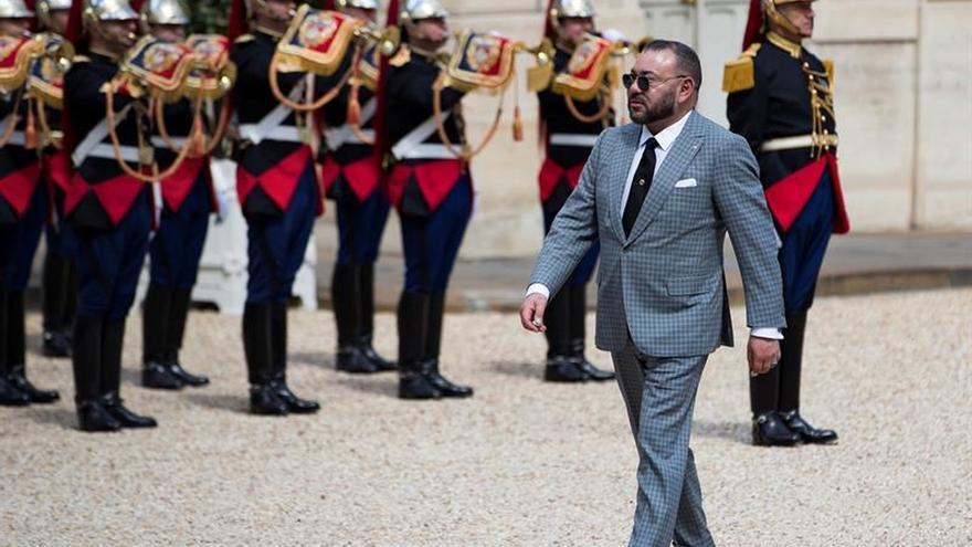Mohamed VI vuelve a Marruecos 50 días después de su operación en París