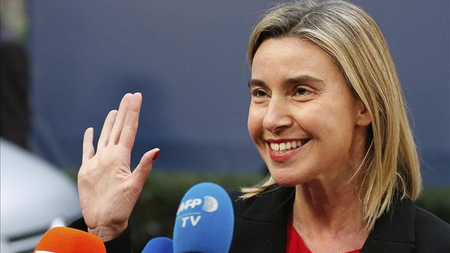 Mogherini se reúne con los ministros de Exteriores de Asia Central en Astaná