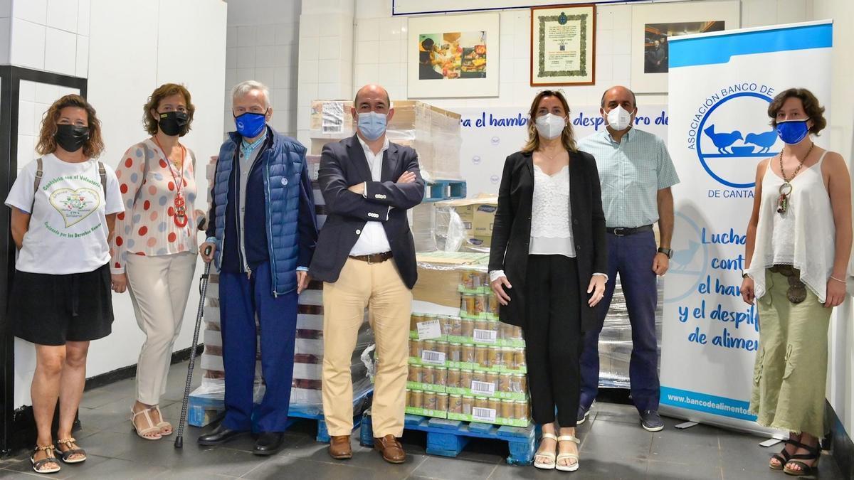 Donanción de Santander al Banco de Alimentos