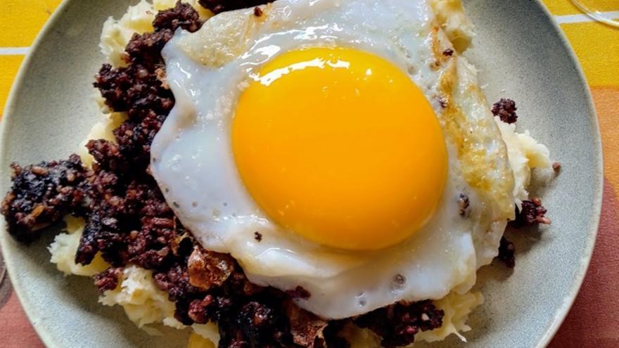 Diez recetas que puedes hacer con huevos durante el confinamiento
