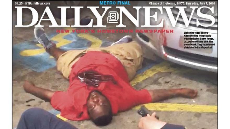 Alton Sterling muere tras varios disparos de la policía en Luisiana.
