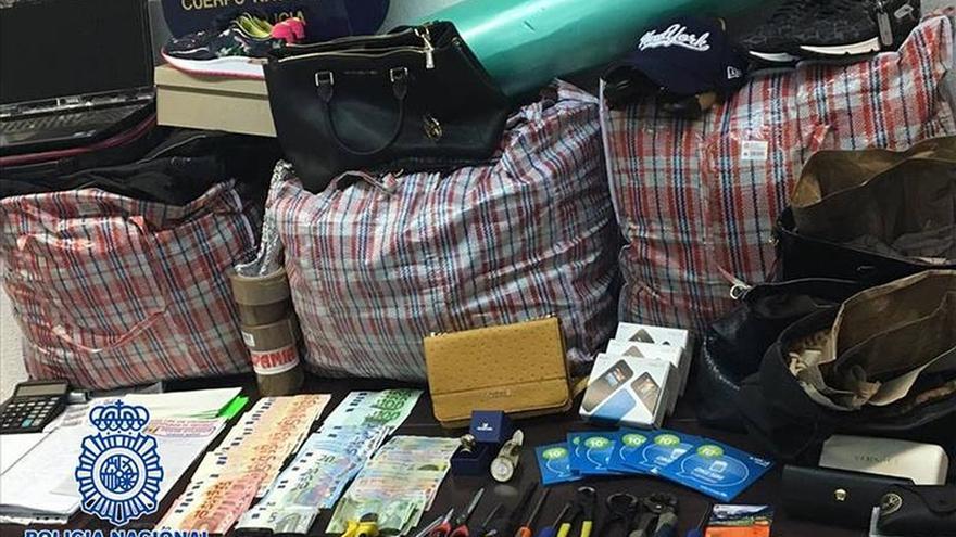 Cae un grupo que robaba en comercios con bolsos que evitaban las alarmas