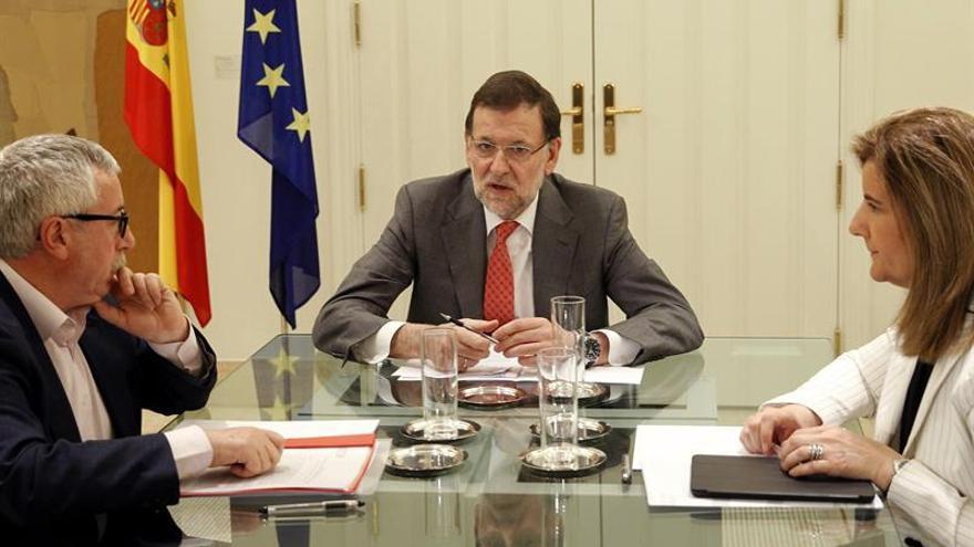 Rajoy se reunirá con los sindicatos y la patronal el 24 de noviembre