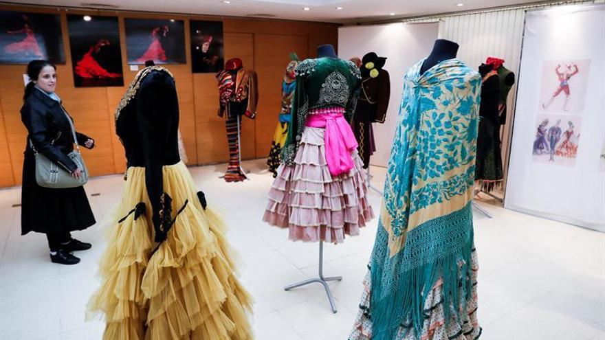 Trajes de baile de la familia española Pericet cuentan su legado en Buenos Aires