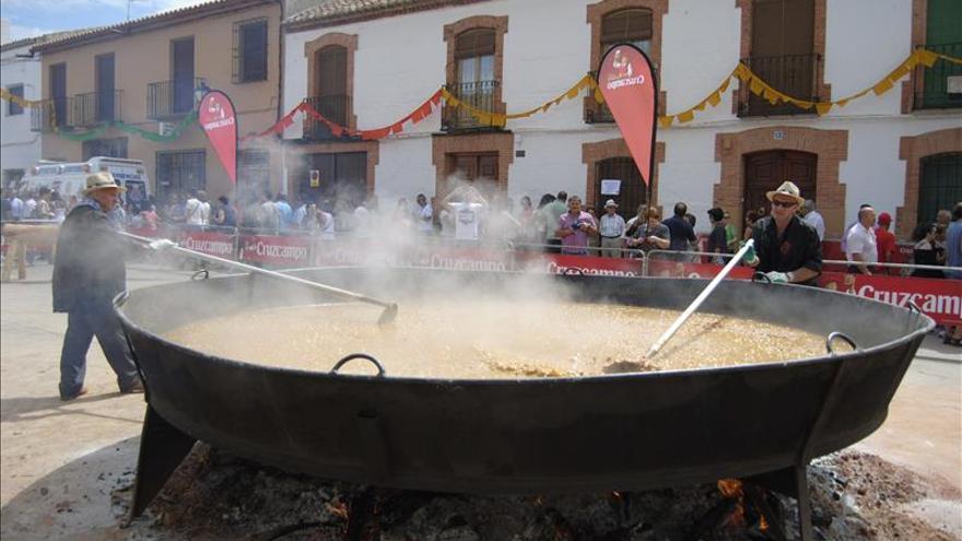 Villanueva de los Infantes (Ciudad Real) reparte 8.000 raciones de pisto