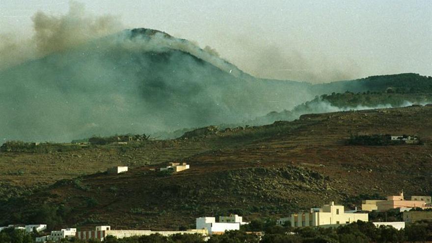 Un incendio calcina una gran superficie del monte Gurugú en Marruecos
