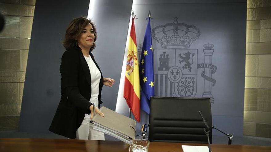 """S.Santamaría cree que la propuesta de Sánchez a Podemos y C's es """"un paripé"""""""