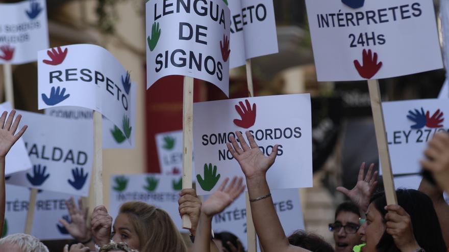 Una manifestación de personas sordas en reivindicación de sus derechos.