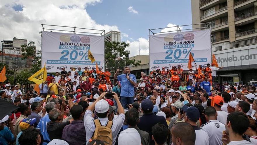 La oposición dialogará con condiciones y presionará en las calles para el revocatorio