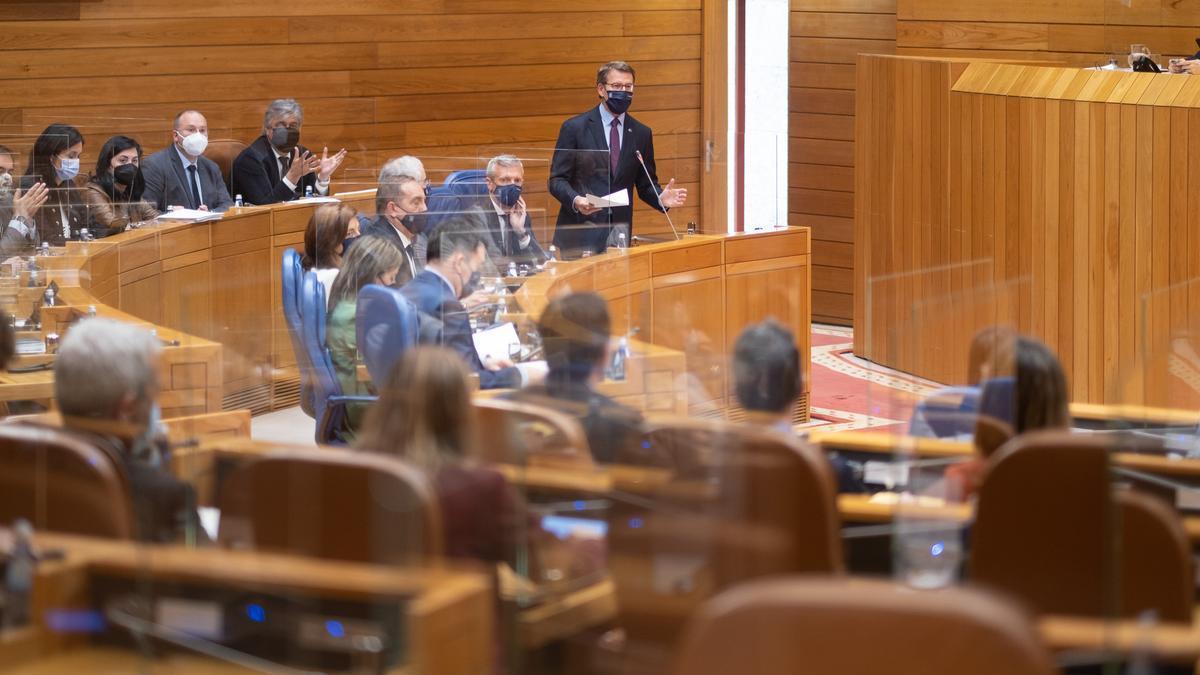 El presidente de la Xunta de Galicia, Alberto Núñez Feijóo, en el Parlamento gallego.