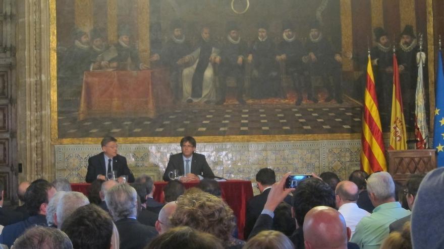 """Comunidad Valenciana y Cataluña piden al Estado apoyo al Corredor Mediterráneo y una agenda de inversiones """"creíble"""""""