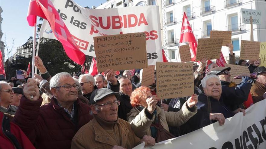 Todos los partidos del Pacto de Toledo buscan hoy consenso para subir la pensión