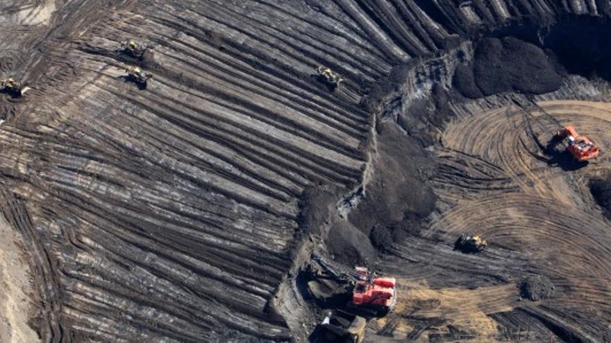 Explotación de tierras bituminosas.
