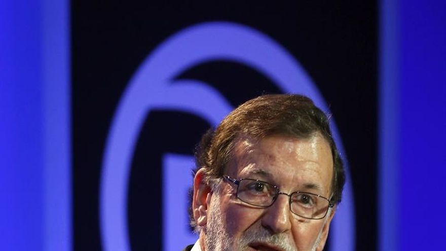 """Rajoy prefiere """"enfriar las cosas"""" y decidirá si llama a Sánchez tras la Semana Santa"""