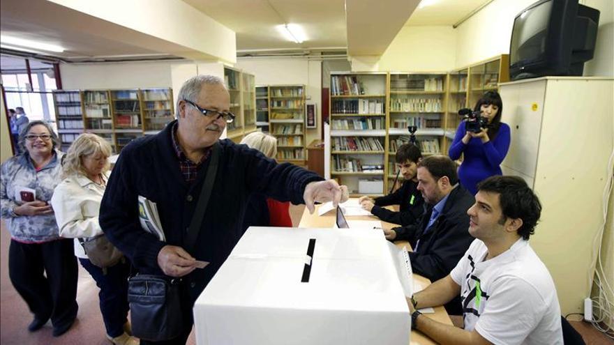 """Junqueras exige elecciones al Parlament """"para no perder más el tiempo"""""""