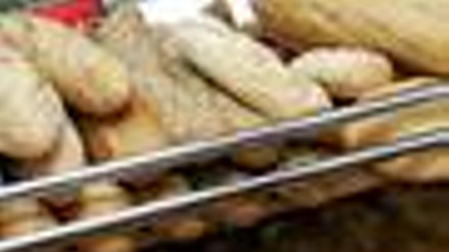 El consumo de pan disminuye casi un 10% en el último año en España