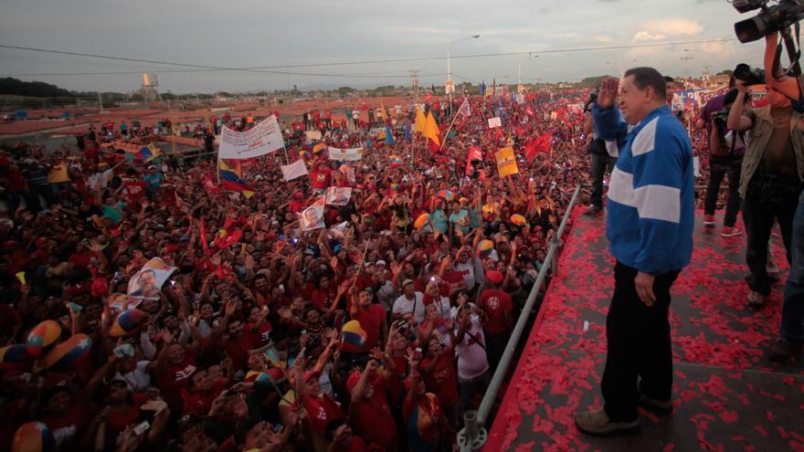 Nuevas encuestas discrepan en intención de voto a favor de Chávez o Capriles