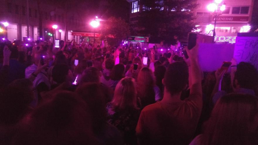 Noche violeta en Albacete