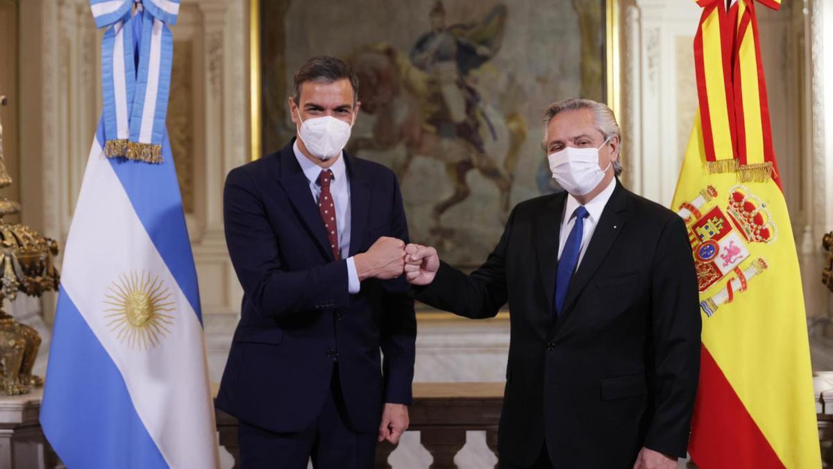 Alberto Fernández y Pedro Sánchez, la foto oficial