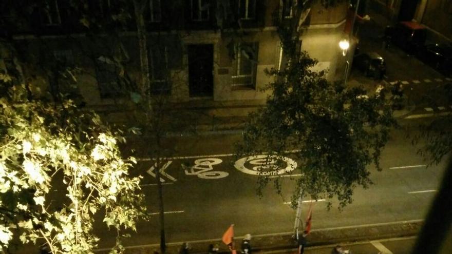 Manifestación de Falange. Fotografía tomada por un vecino de la calle Alberto Aguilera de Madrid.
