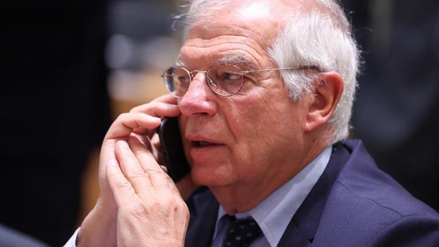 """Borrell espera que el acuerdo presupuestario pase sin """"problema"""" el control de la CE"""