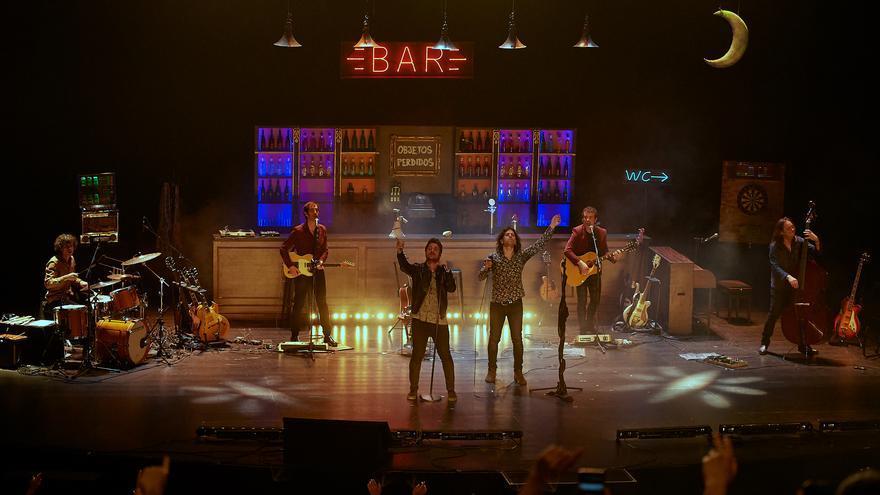 El público coreó con Rulo y Dani Martín una de las canciones más aplaudidas de la noche del domingo. | EL REY LAGARTÓN