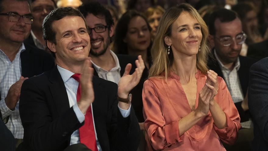 Pablo Casado y Cayetana Álvarez de Toledo en un acto de campaña del partido.