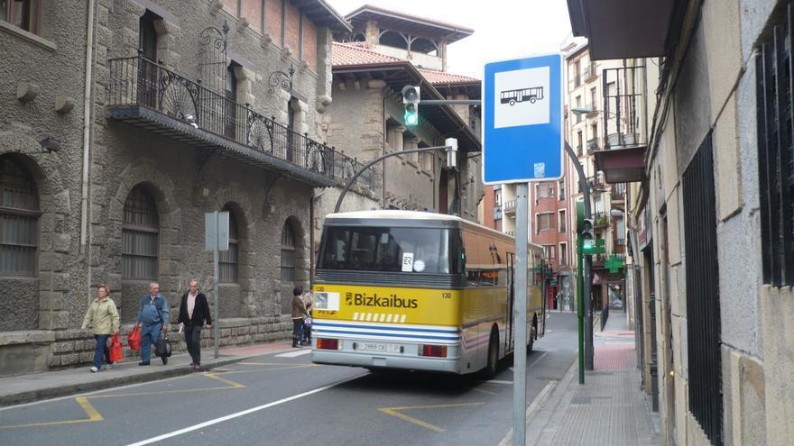 PSE propone instalar publicidad exterior en las unidades de Bizkaibus