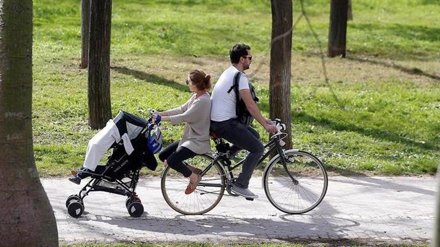 La mitad de los hogares españoles son unipersonales o de una pareja sin hijos