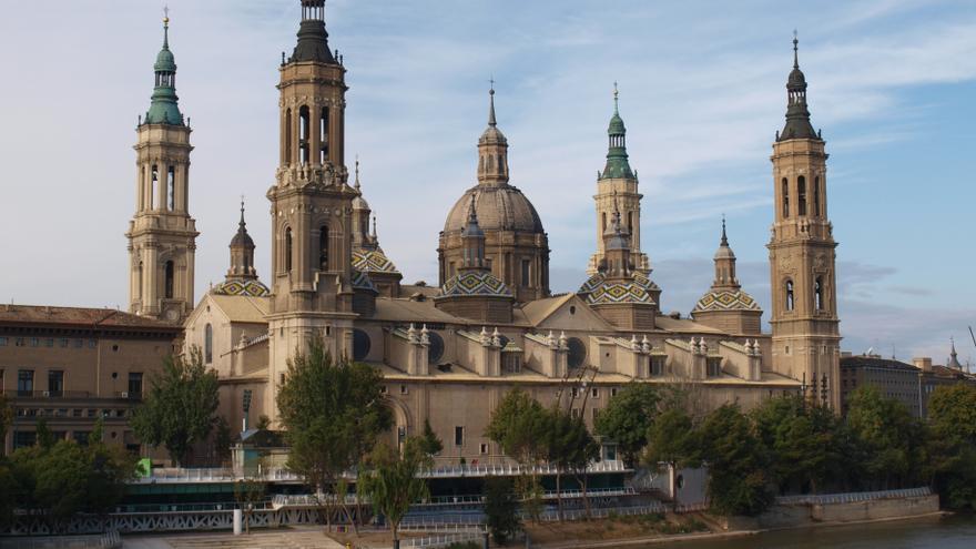 La Basílica del Pilar es propiedad de la Iglesia desde el 5 de abril de 1988.