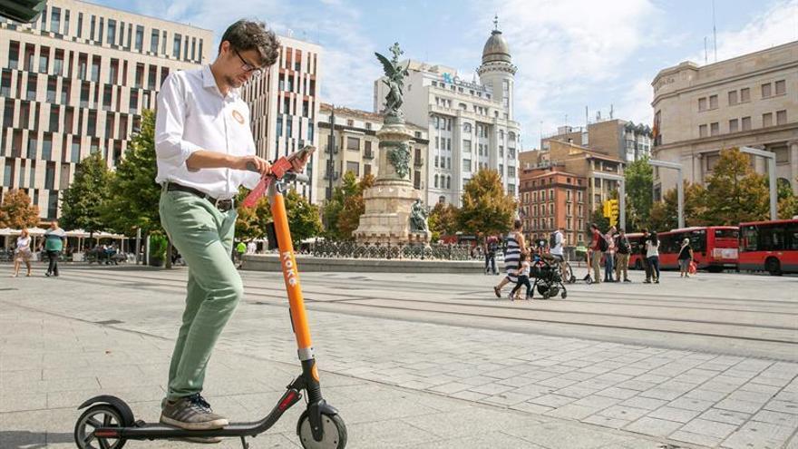 750 personas descargaron la aplicación de patinetes eléctricos el primer día en Zaragoza