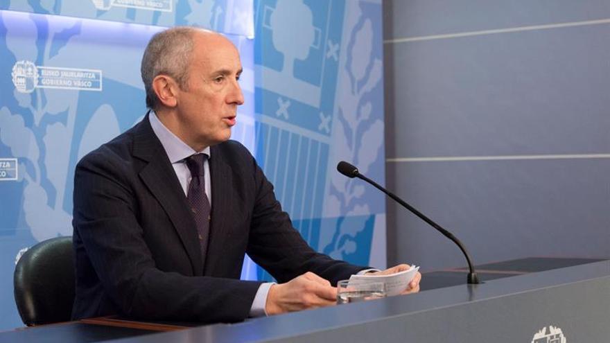 Acuerdo entre gobiernos central y vasco evita recurso contra la ley municipal