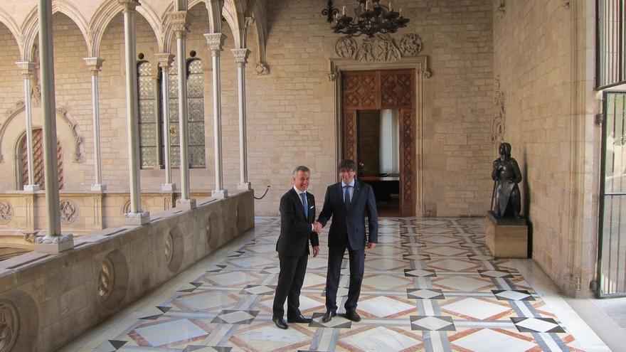 Puigdemont y Urkullu se reúnen en el Palau de la Generalitat