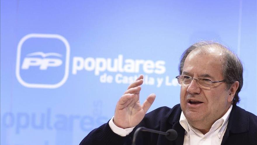 """Herrera afirma que si Rajoy se """"mira al espejo"""" y decide seguir tiene toda legitimidad"""