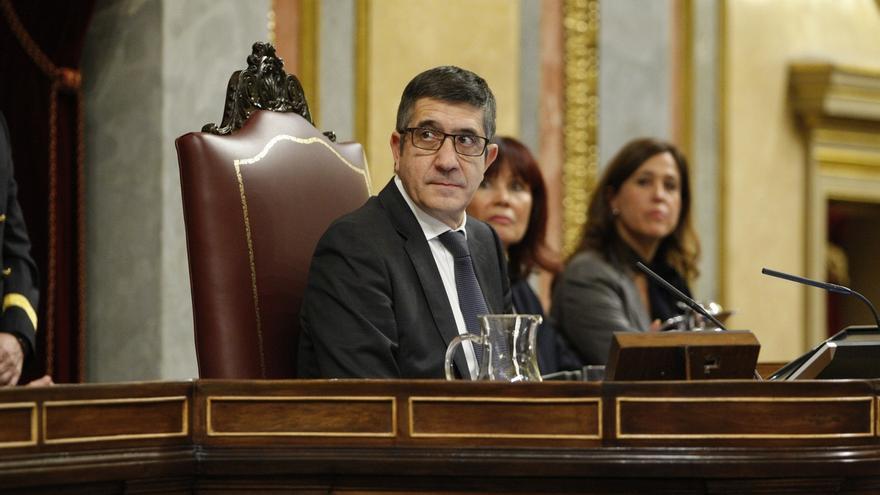 Patxi López se estrena recordando a las víctimas del terrorismo y pide un pacto de Estado contra la violencia de género