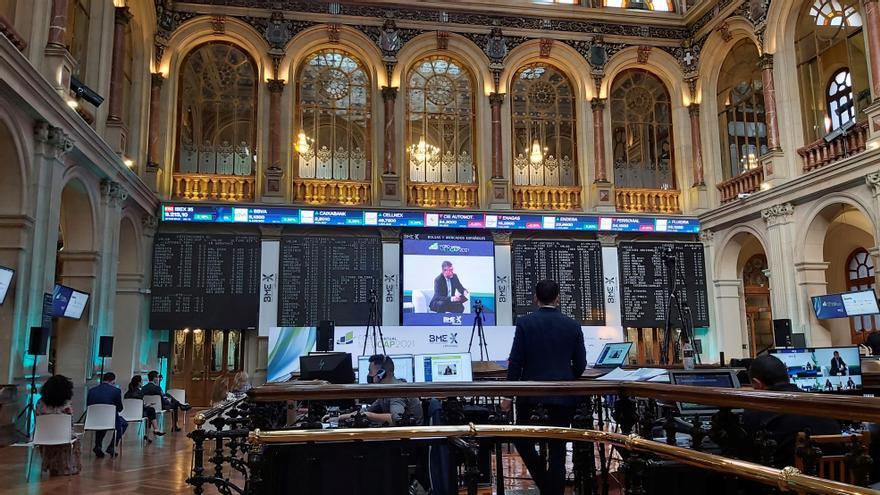 La Bolsa española cae un 0,12 % y encadena dos sesiones a la baja