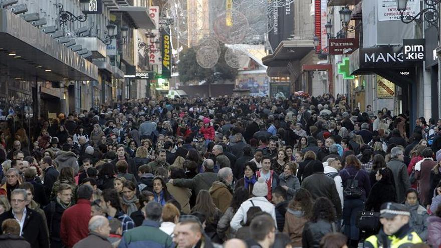 España pierde 72 habitantes al día