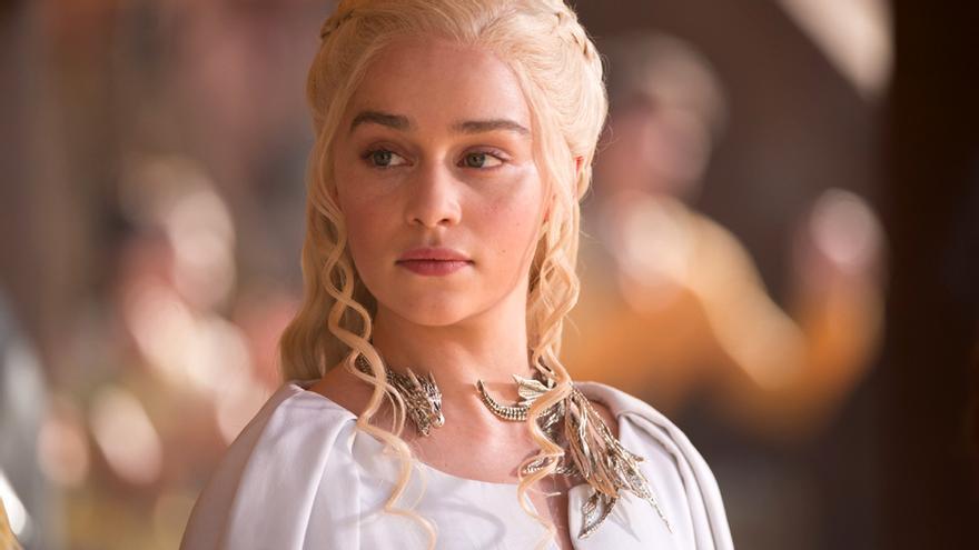"""Emilia Clarke desmiente rumores sobre Tronos: """"Ninguno de los actores sabemos cuál es el final"""""""