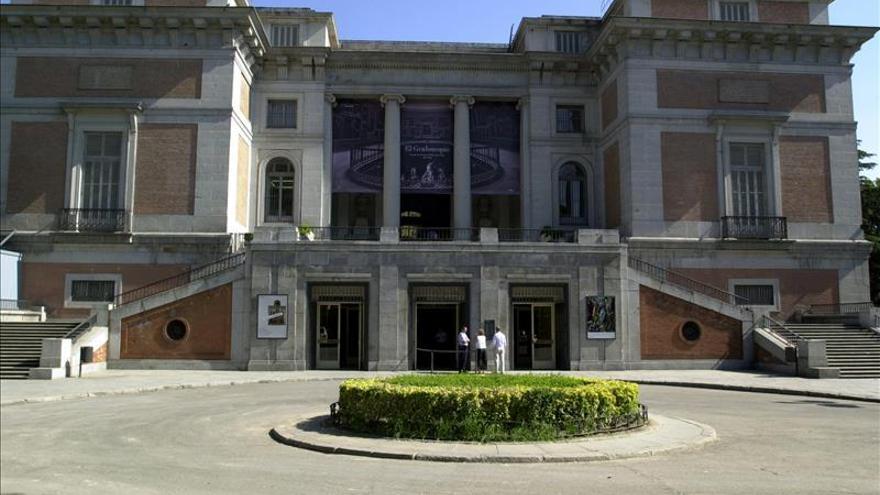 """""""La Lechuga"""", custodia del s.XVIII con 1.485 esmeraldas, en el Museo del Prado"""