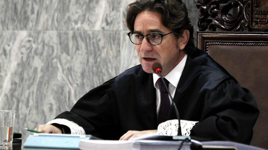 La Fiscalía cree que el juez Alba pudo cometer delito al investigar a la magistrada Rosell