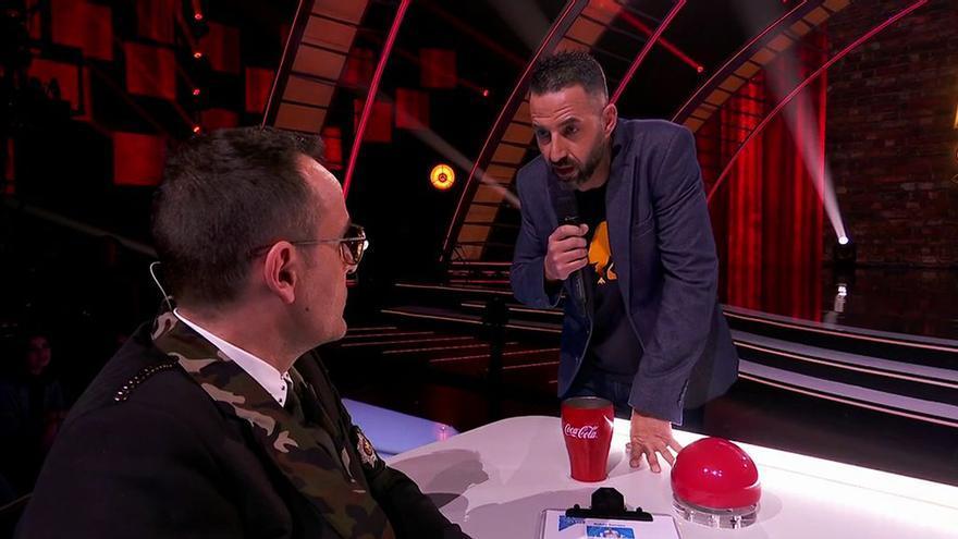 El cómico Rubén Serrano, ante Risto Mejide en la semifinal de Got Talent