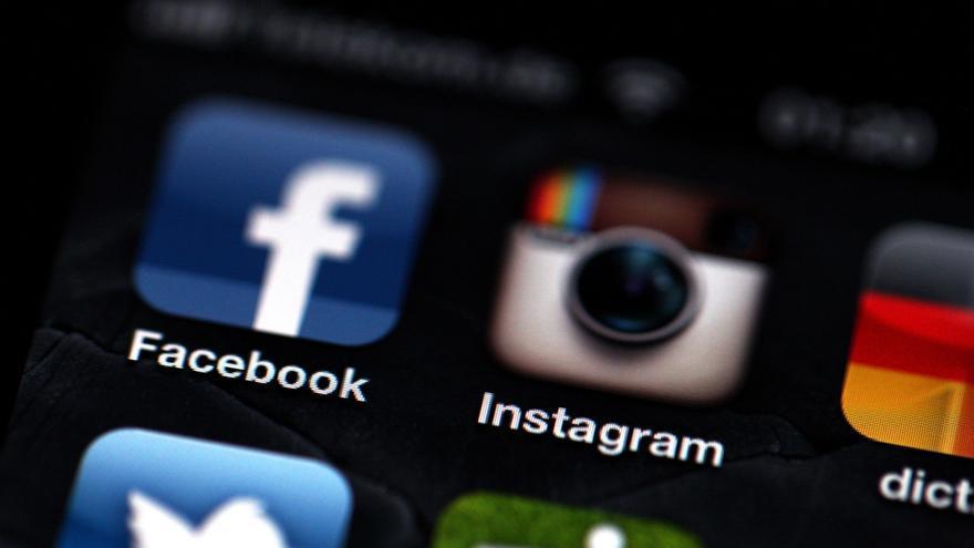 Facebook comenzará a cobrar a las empresas por publicar ofertas en su red