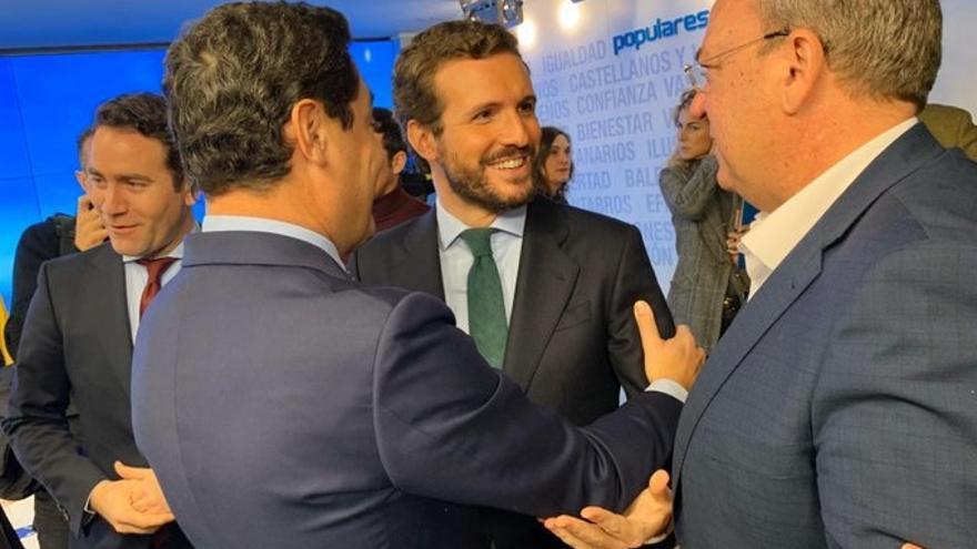 """Los 'barones' del PP defienden que la hoja de ruta de Casado debe basarse en la """"moderación"""" y el """"sentido de Estado"""""""