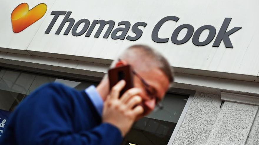 Los títulos de Thomas Cook continúan su desplome y pierden ya más del 40 %